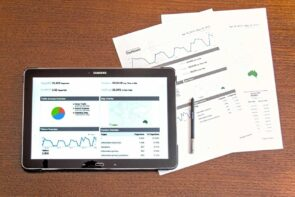 أهمية إستراتيجية دمج الإعلانات الممولة في حملات التسويق؟