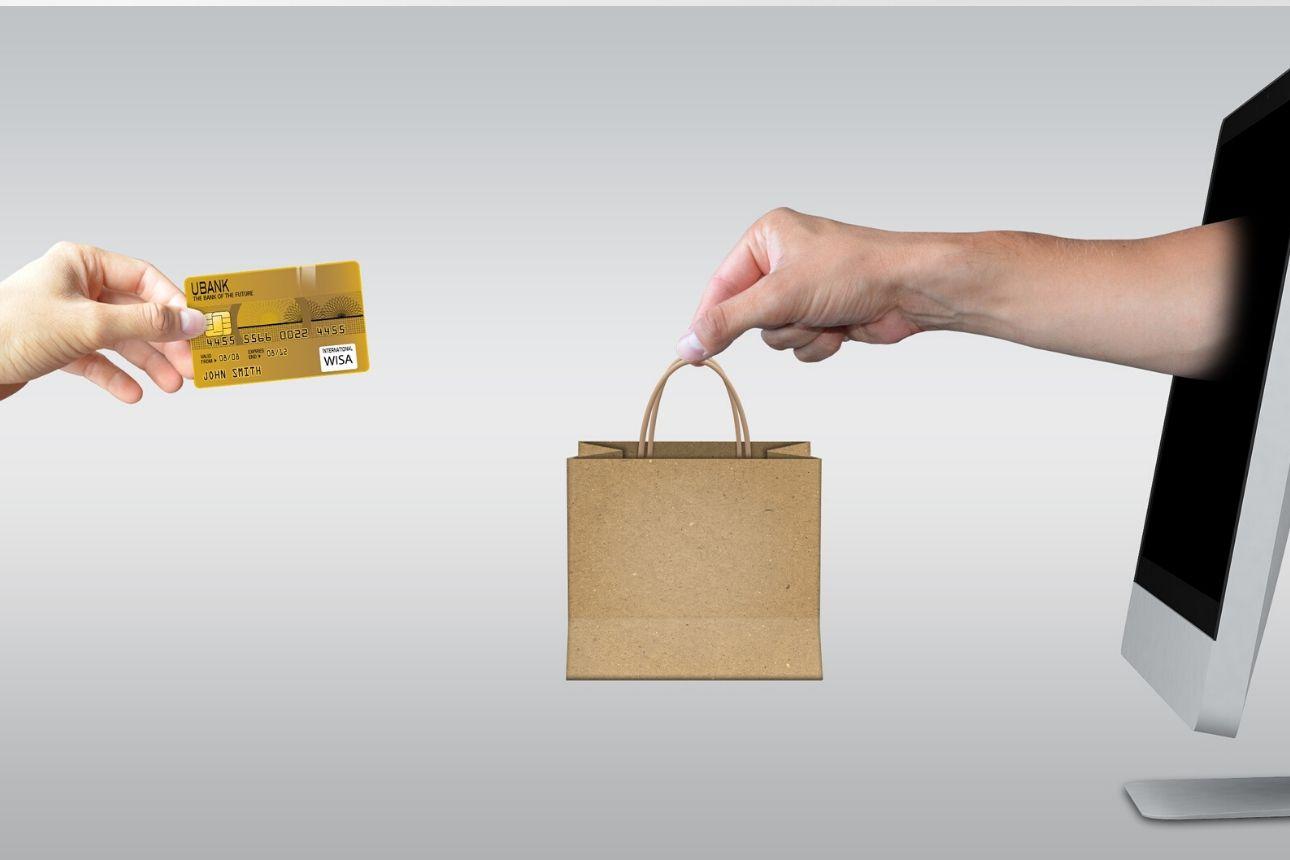 ماذا يشتري العرب على الإنترنت؟ وكيف سيؤثر كورونا على التجارة الإلكترونية؟