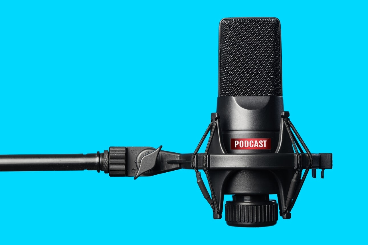 كيف تبدأ مشروعًا للتدوين الصوتي؟ خطوات إنشاء قناة بودكاست