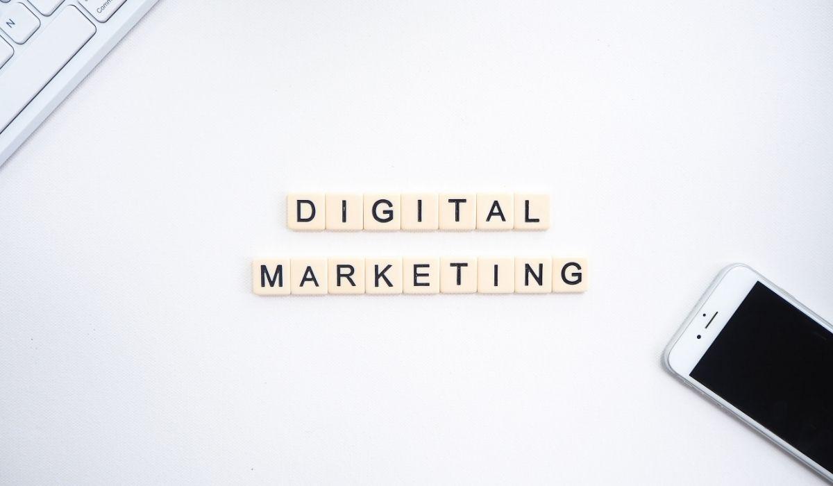 ما الفرق بين التسويق الرقمي والإلكتروني؟